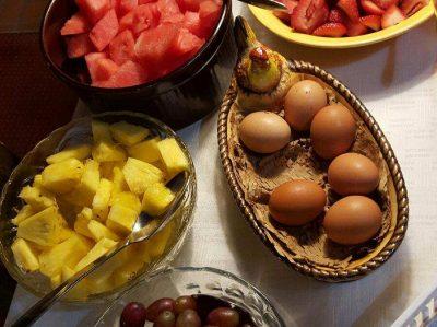 Zuber's breakfast fruit