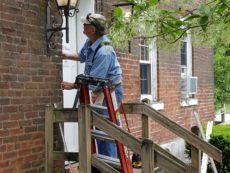 Charlie installing door