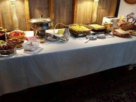 Zuber's breakfast table