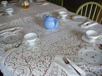 tea set with blue teapot