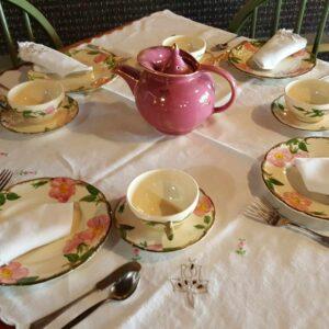 Teaset with pink teapot