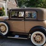 brown model car